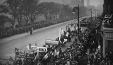 Photo of suffrage procession, Edinburgh 1909: link to Project 1
